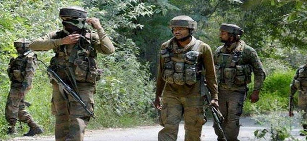 Suspected militants attack security forces in Srinagar